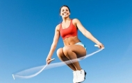 Прыжки со скакалкой: эффективное средство для борьбы с лишним весом