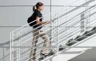 Замучила одышка при подъеме по лестнице?
