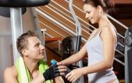 Фитнес-клуб не место для знакомств?